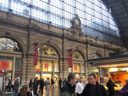 フランクフルト中央駅.jpg